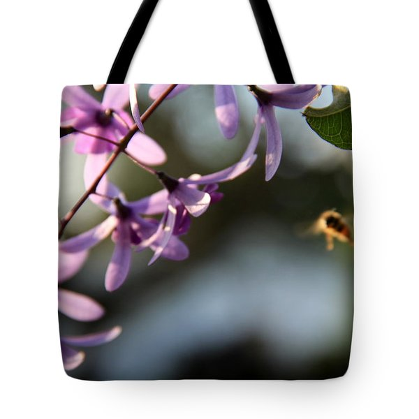 Bee Back Tote Bag