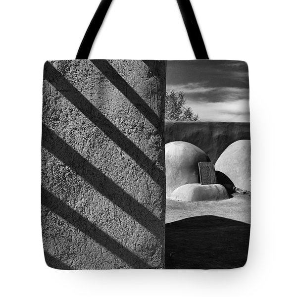 Bee Hive Ovens Tote Bag by Gary Warnimont