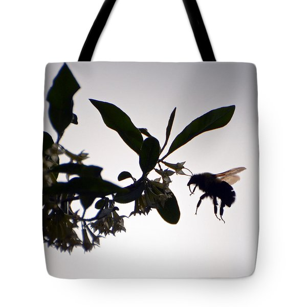 Tote Bag featuring the photograph Bee In Flight  by Kerri Farley