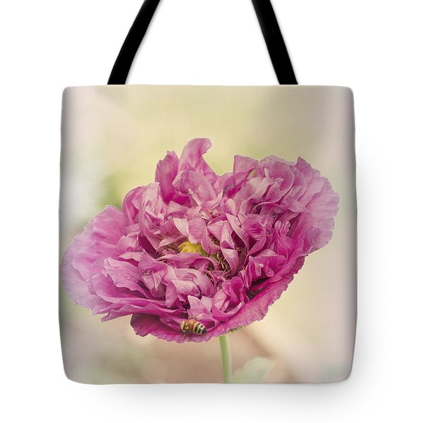 Tote Bag featuring the photograph Belinda by Elaine Teague