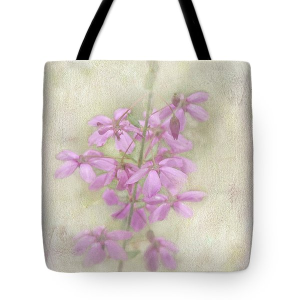 Tote Bag featuring the photograph Belle by Elaine Teague