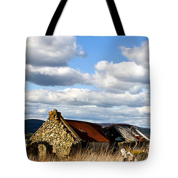 Bennachie With Derelict Steading Tote Bag