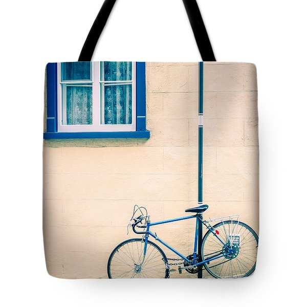 Bicycle On The Streets Of Old Quebec City Tote Bag by Edward Fielding