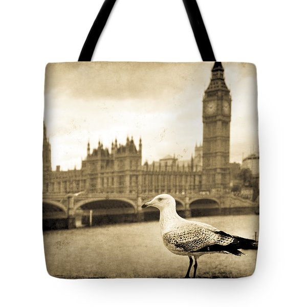 Tote Bag featuring the photograph Big Ben And The Seagull by Jennifer Wright
