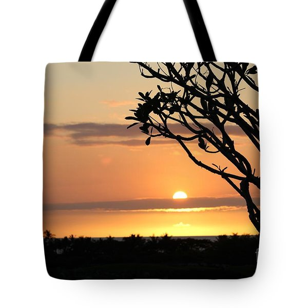 Big Island Sunset All Profits Go To Hospice Of The Calumet Area Tote Bag