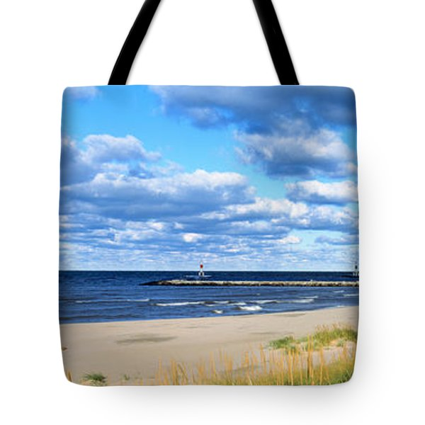 Big Red Lighthouse, Holland, Michigan Tote Bag