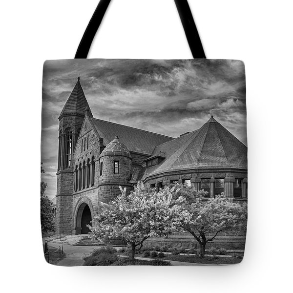 Billings Library At Uvm Burlington  Tote Bag