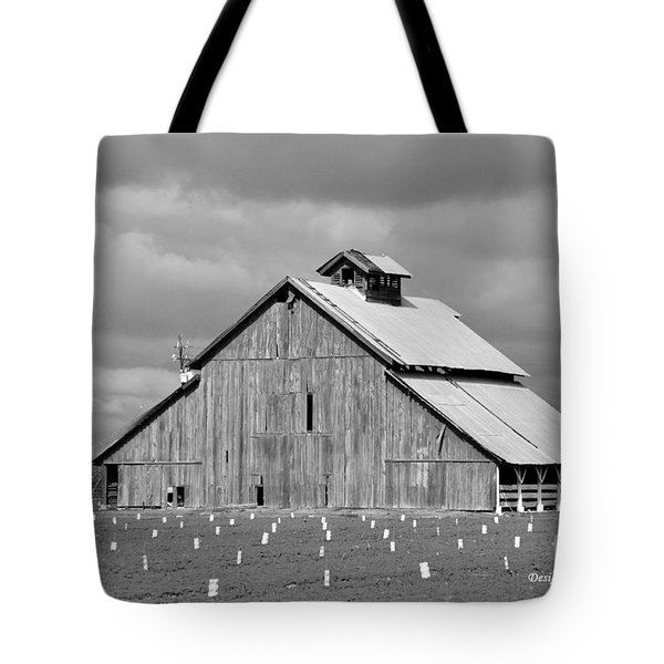 Tote Bag featuring the photograph Black And White Barn by Debby Pueschel