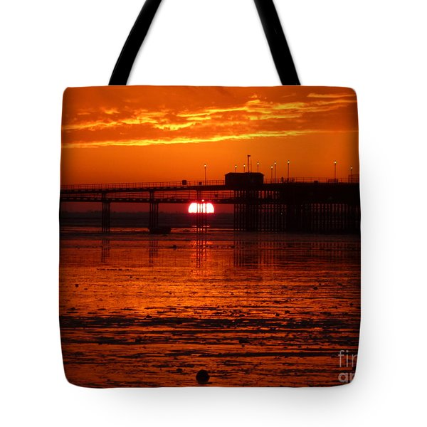 Tote Bag featuring the photograph Blazing Sunset by Vicki Spindler