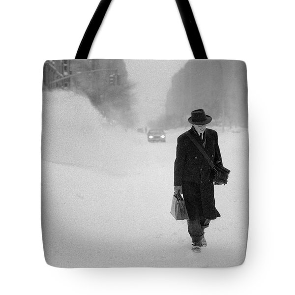 Blizzard On Park Avenue Tote Bag