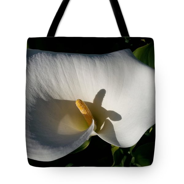 Blooming Lily Of San Francisco Tote Bag