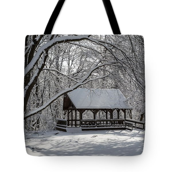 Blue Heron Park After Snowfall Tote Bag by Kenneth Cole