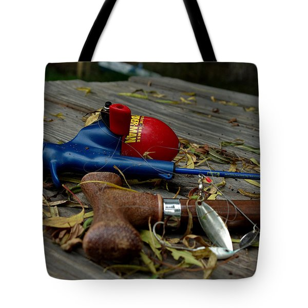 Tote Bag featuring the photograph Blured Memories 01 by Peter Piatt