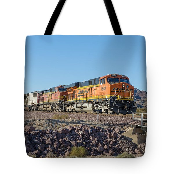Tote Bag featuring the photograph Bnsf 7649 by Jim Thompson