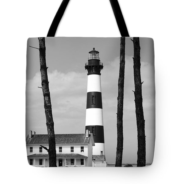 Bodie Island Lighthouse In The Outer Banks Tote Bag