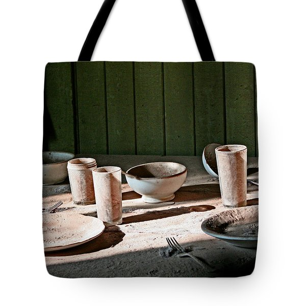 Bodie Place Setting For 2 Tote Bag