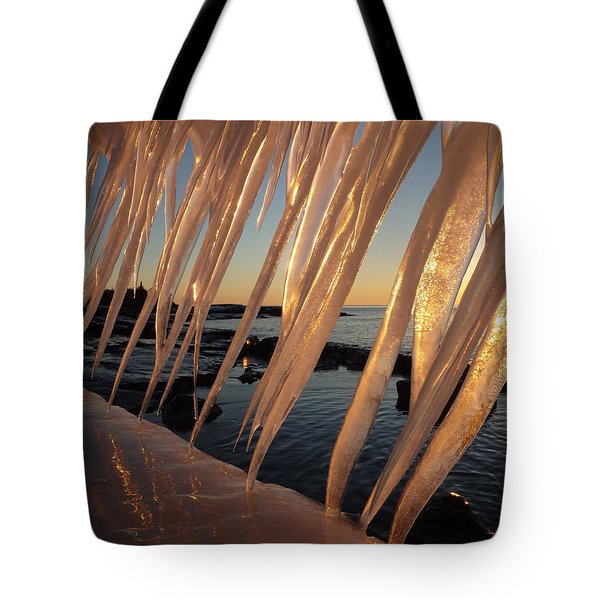 Break Wall Winter Sunrise Tote Bag