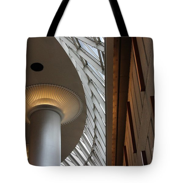 Breath Taking Beauty Architecture Tote Bag