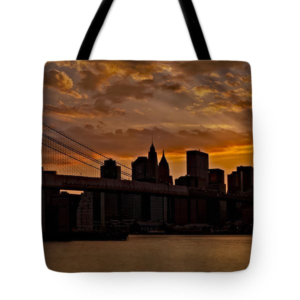 Brooklyn Bridge Sunset Tote Bag by Susan Candelario