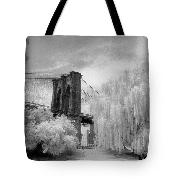 Brooklyn Bridge Willows Tote Bag