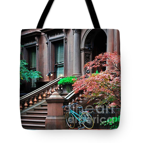 Brooklyn Heights - Nyc - Classic Building And Bike Tote Bag