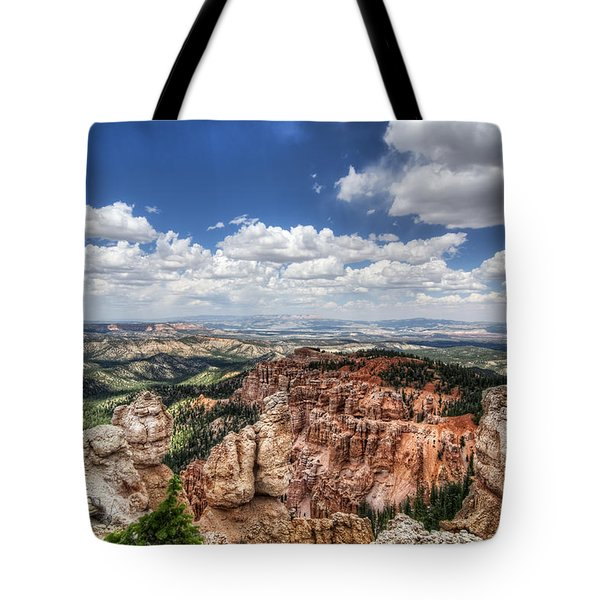 Tote Bag featuring the photograph Bryce Point by Tammy Wetzel