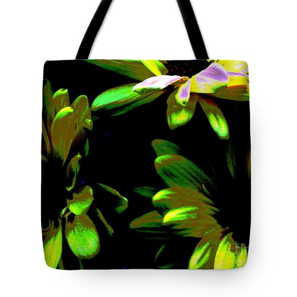 Tote Bag featuring the photograph Burst by Greg Patzer