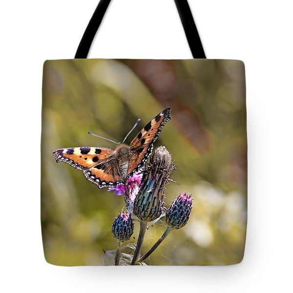 Butterfly On Tistle Sep Tote Bag by Leif Sohlman