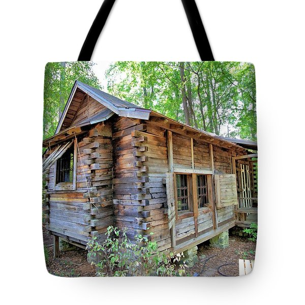 Tote Bag featuring the photograph Cabin In The Woods by Gordon Elwell