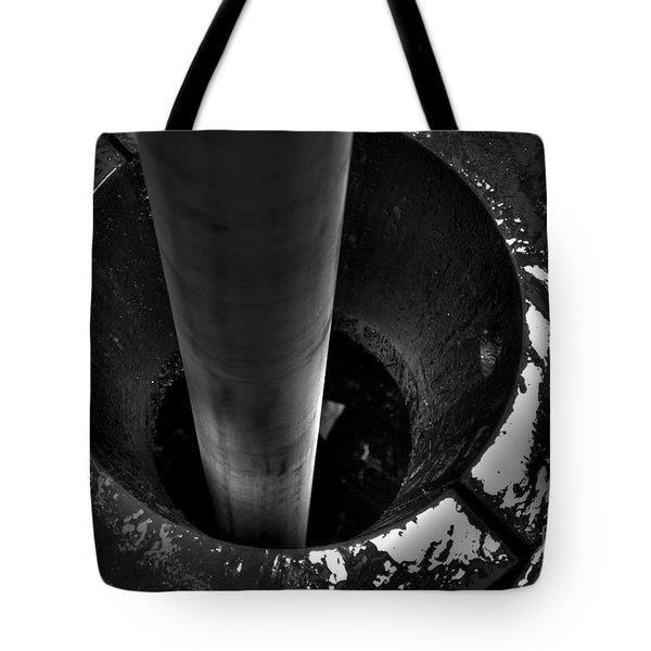 Cac001bw-12 Tote Bag