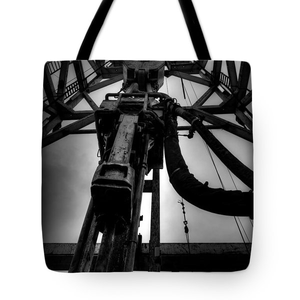 Cac001bw-13 Tote Bag by Cooper Ross