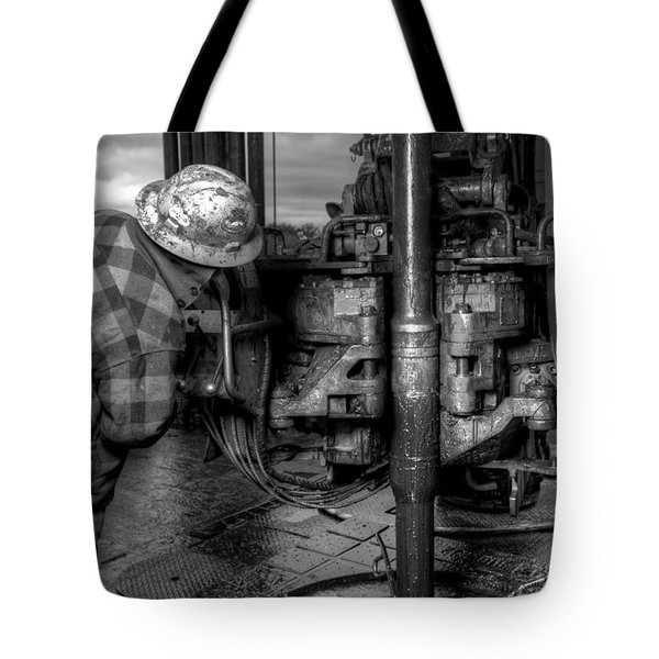 Cac001bw-35 Tote Bag by Cooper Ross