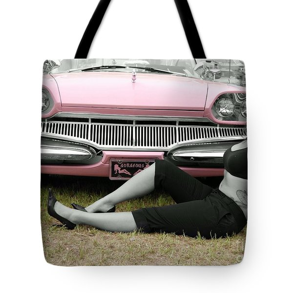 Caddy With Curves Tote Bag
