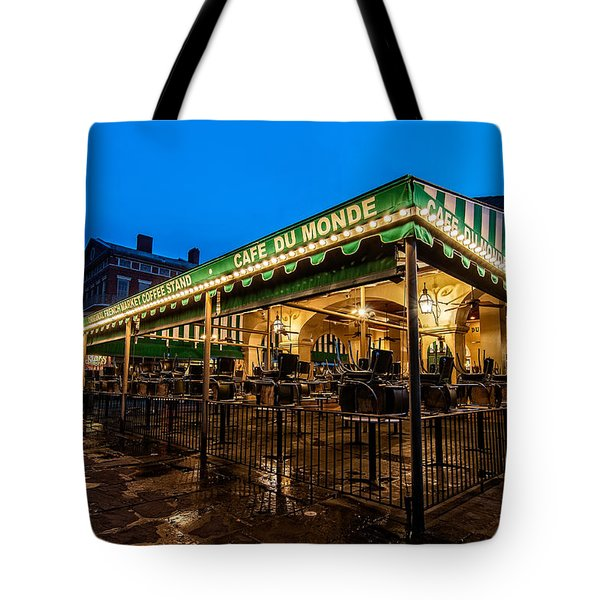 Tote Bag featuring the photograph Cafe Du Monde Before The Rush by Andy Crawford