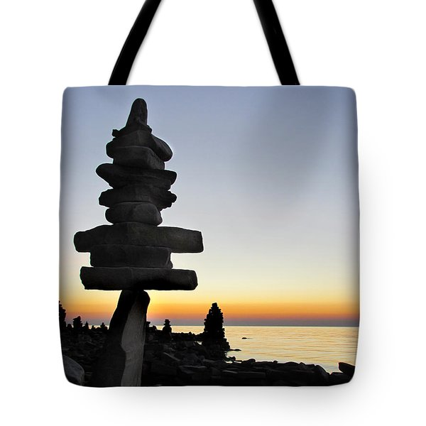 Cairns At Sunset At Door Bluff Headlands Tote Bag