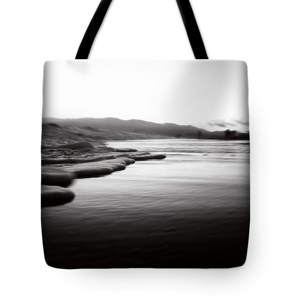 California Surf Tote Bag by La Dolce Vita