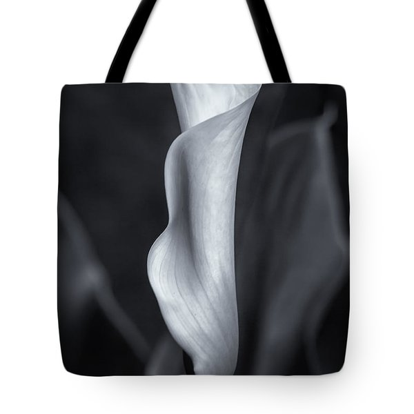 Calla Lily No. 2 - Bw Tote Bag