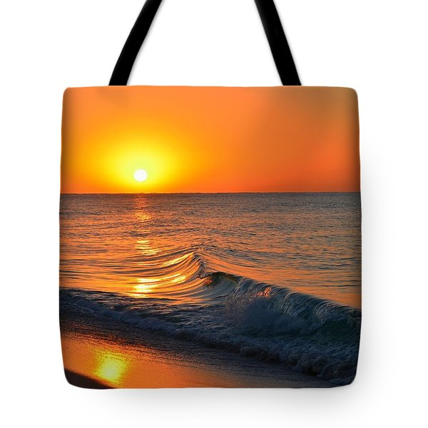 Calm And Clear Sunrise On Navarre Beach With Small Perfect Wave Tote Bag