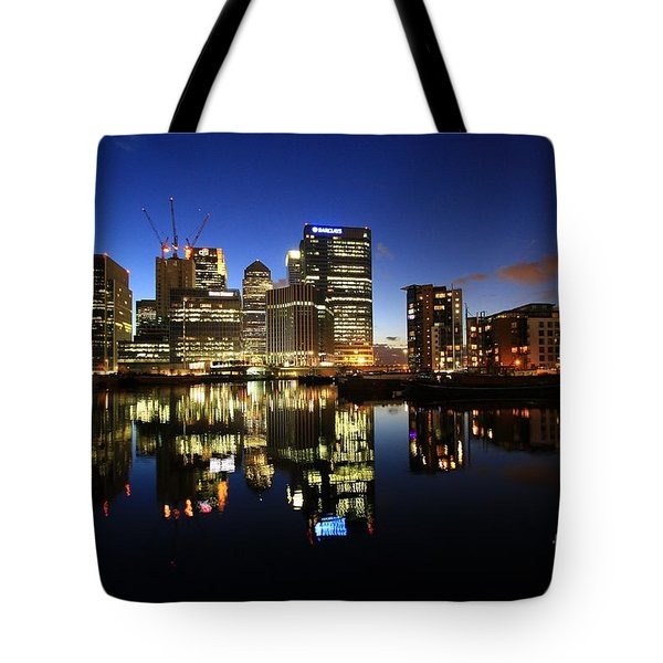 Canary Wharf 8 Tote Bag