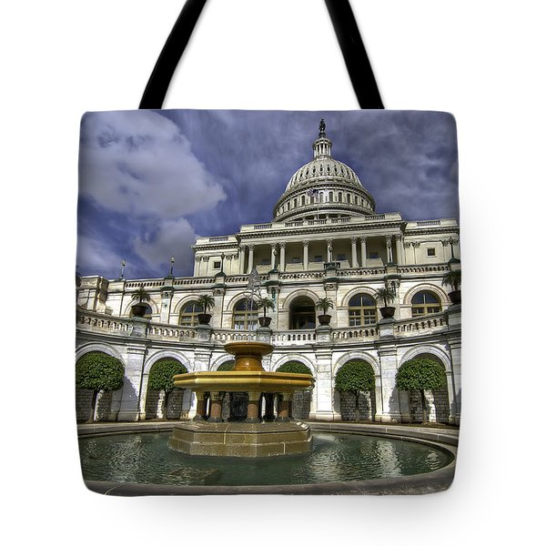 Capitol Fountain Tote Bag