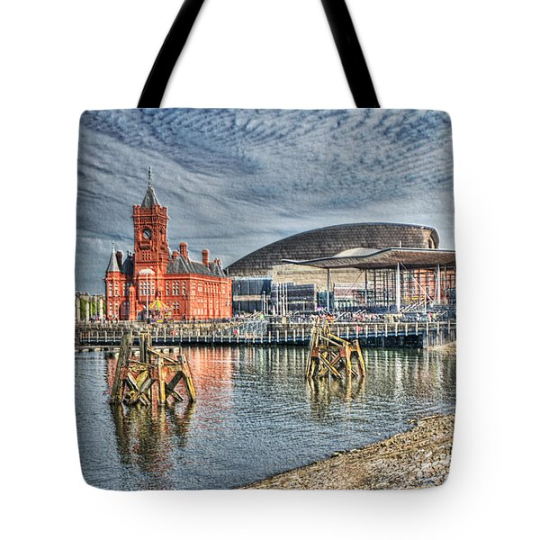 Cardiff Bay Textured Tote Bag