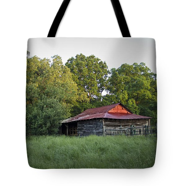 Carolina Horse Barn Tote Bag