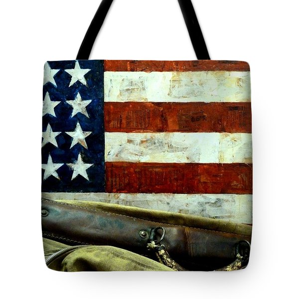 Tote Bag featuring the photograph Carpetbagger by Newel Hunter