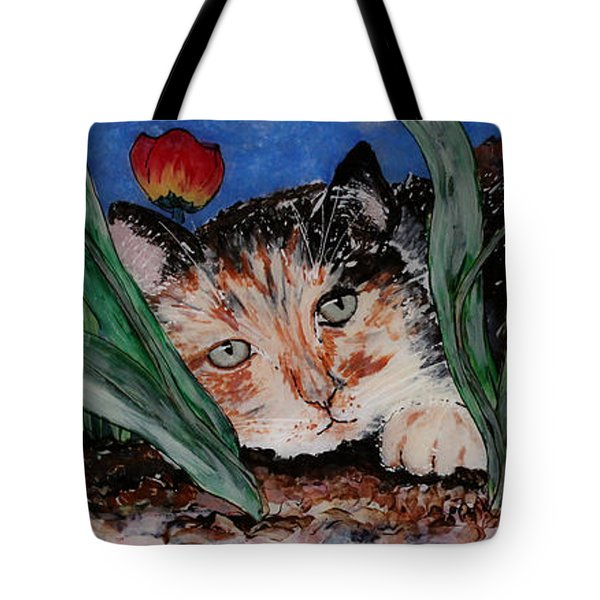 Cat In The Grass Tote Bag by Cathy Weaver