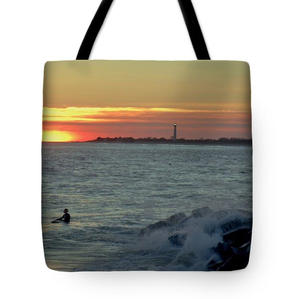 Catching A Wave At Sunset Tote Bag by Ed Sweeney