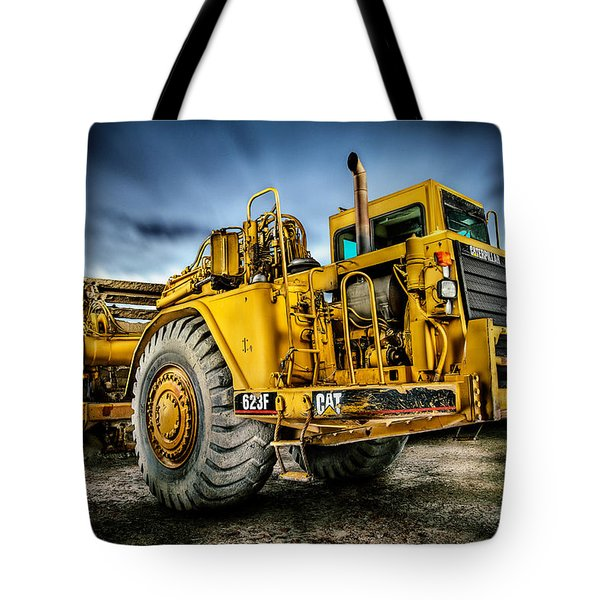 Caterpillar Cat 623f Scraper Tote Bag