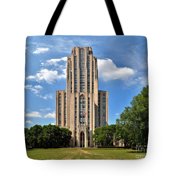 Cathedral Of Learning Pittsburgh Pa Tote Bag
