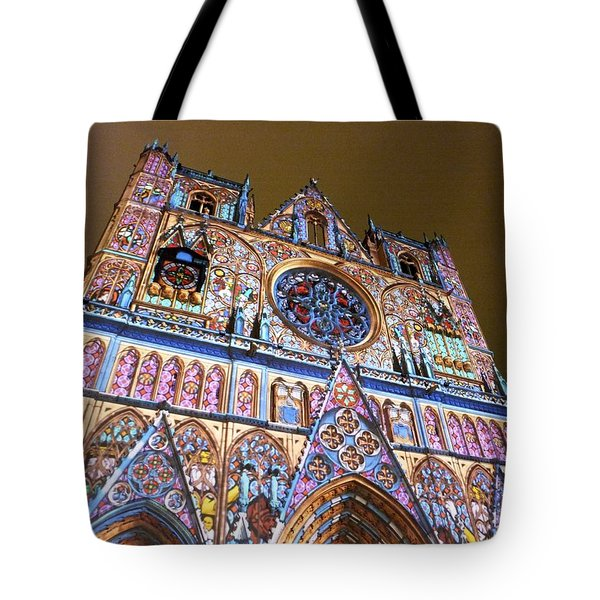 Cathedrale Saint-jean Illuminee Tote Bag