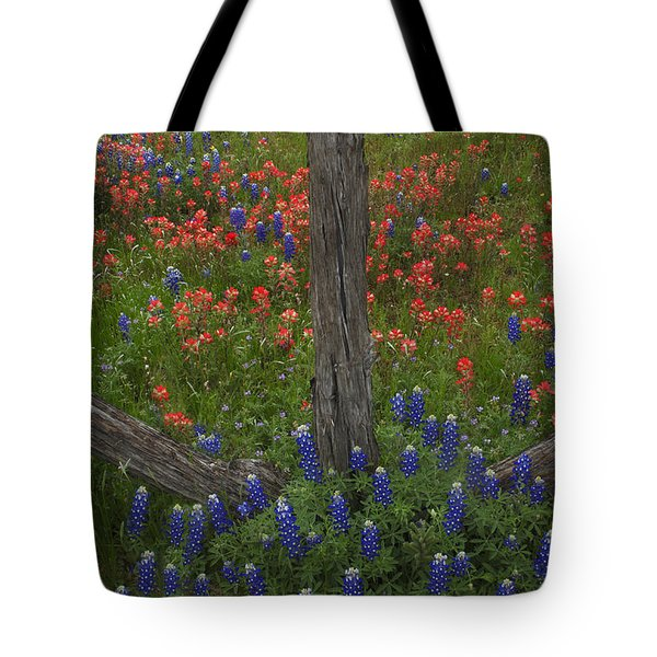 Cedar Fence In Llano Texas Tote Bag by Susan Rovira