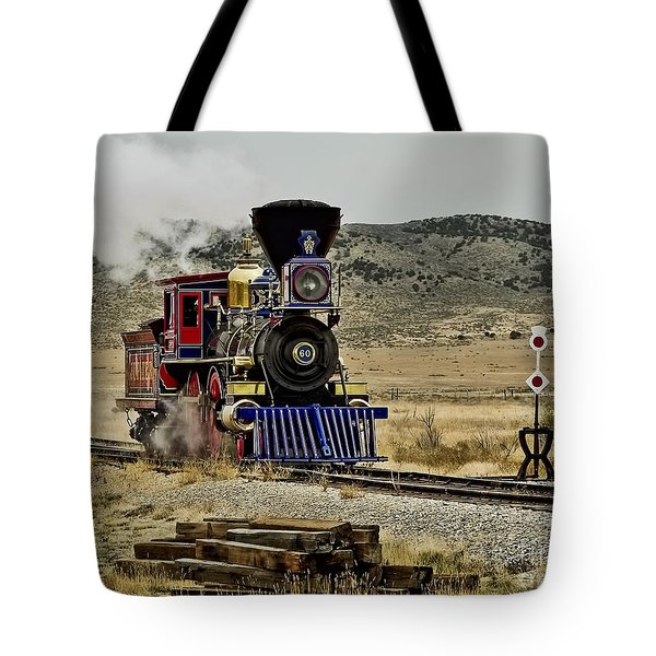 Tote Bag featuring the photograph Central Pacific's Jupiter by David Lawson